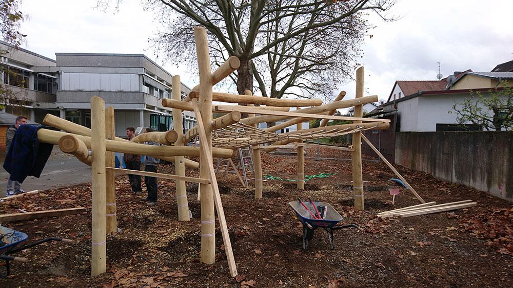 Bau Klettergrüst Weiltalschule 02